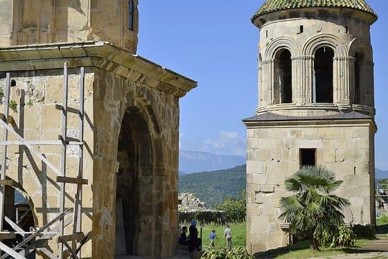 Древний храм Гелати и исторические события, связанные с ним