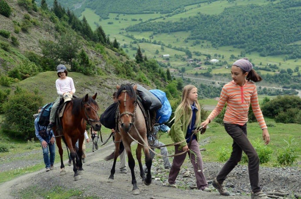 Конная прогулка по горным окрестностям Тбилиси