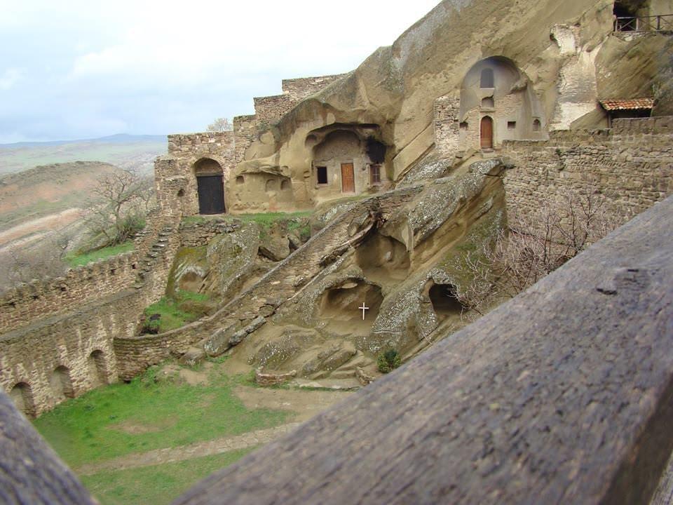 Монастырский комплекс Давид-Гареджи - одна из важнейших святынь Грузии