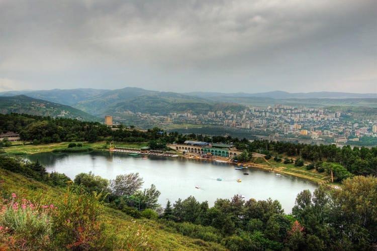 Черепашье озере - изумительное место для отдыха на природе в окрестностях Тбилиси