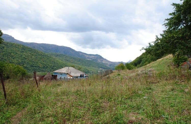 Путешествие на горное озеро Кведи в Южной Осетии*