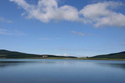 Горное озеро Базалети - курортная оздоровительная зона Грузии