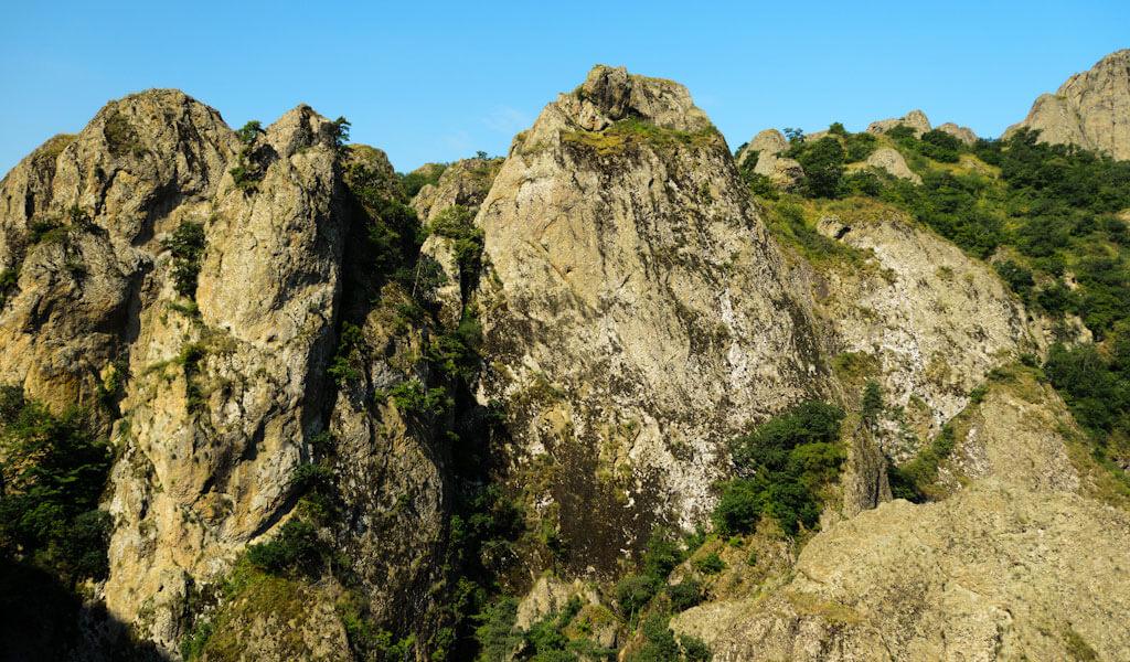 Каньоны Биртвиси – очаровательная природная крепость