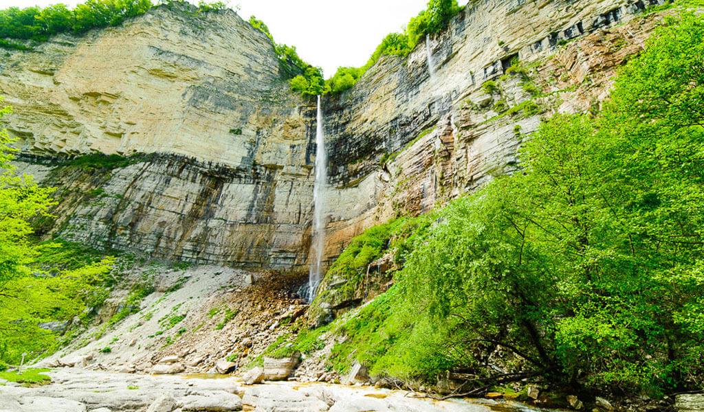 Экскурсия к водопаду кинчха