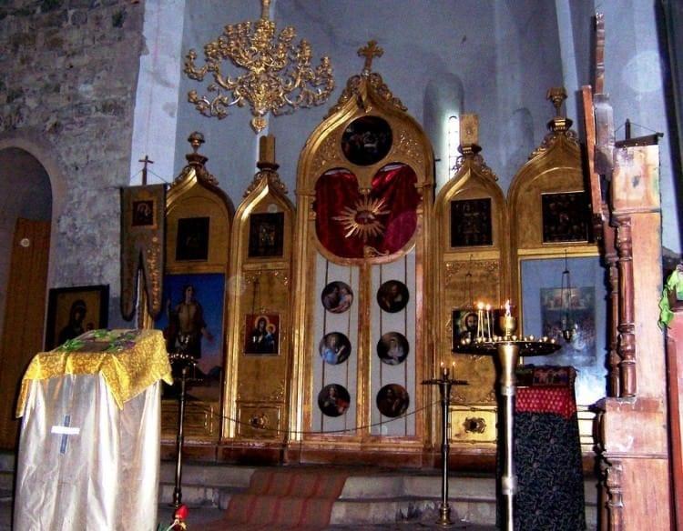 Монастырь Кватахеви - история и современные реалии