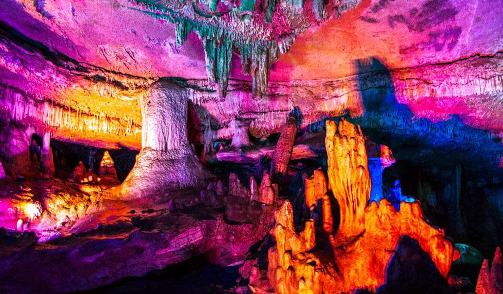 Сатаплия – пещера сказочной красоты