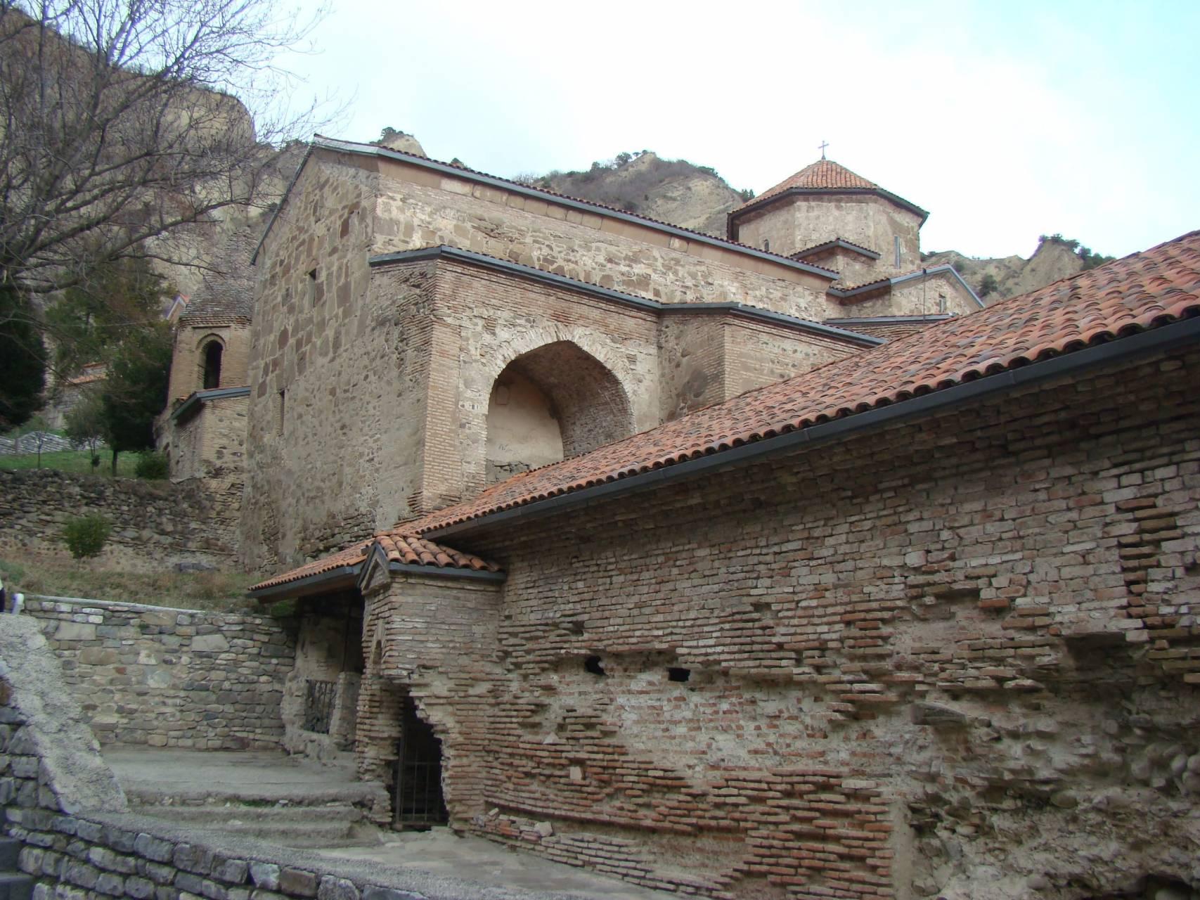 Шио-Мгвимский монастырь – таинственное место, овеянное легендами