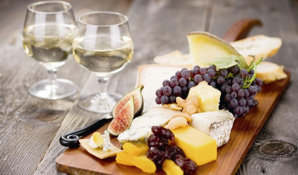 Эрети — сухое  белое вино с плодовыми тонами
