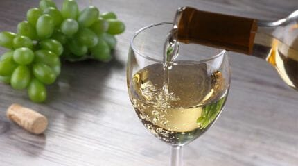 белое вино Гурджаани