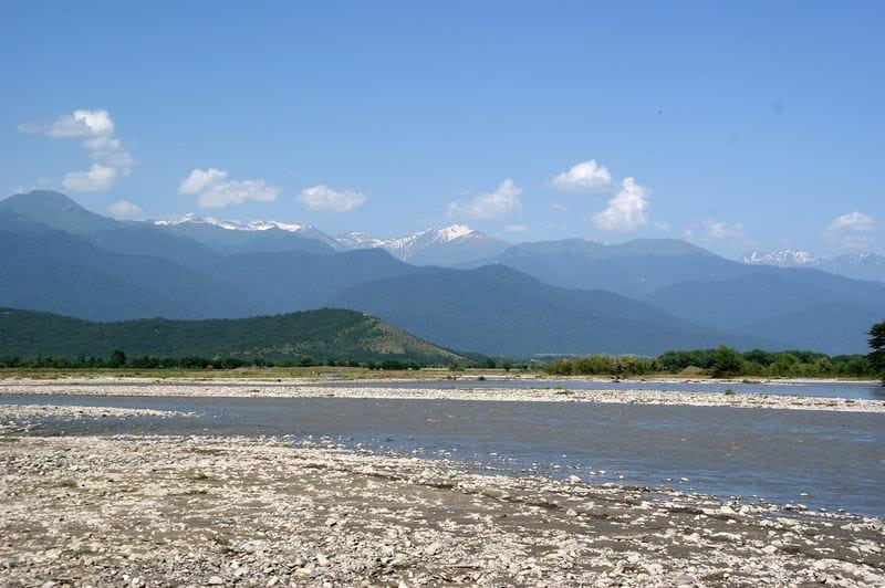 Отдых, оздоровление и рыбалка на реке Алазани