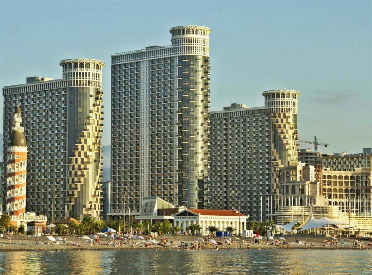 Apartamenty na beregu morya v Batumi Orbi Sea Towers