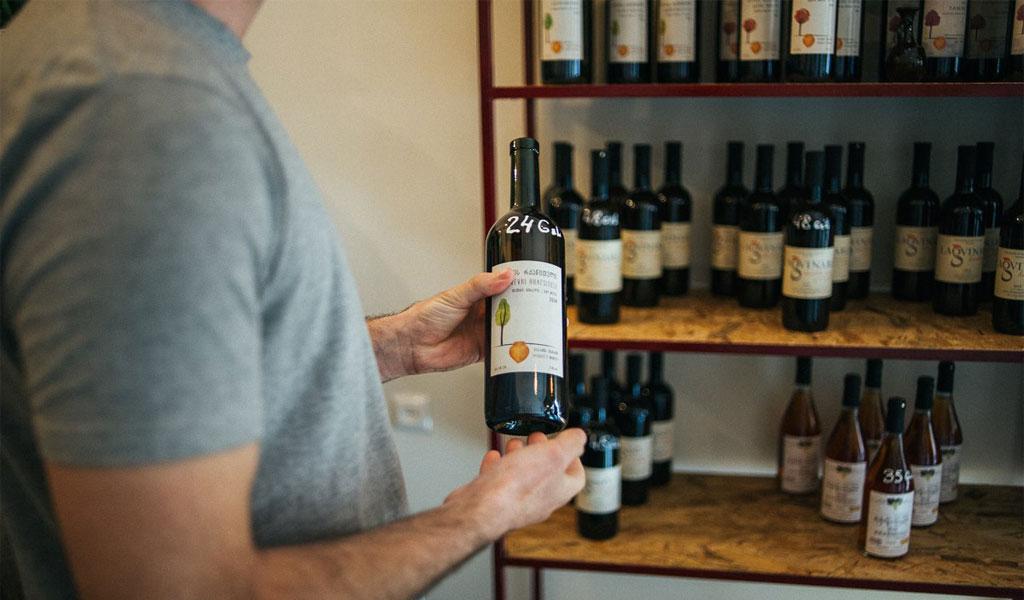 Wine Room Batumi - винный бар и магазин от знаменитого винодела
