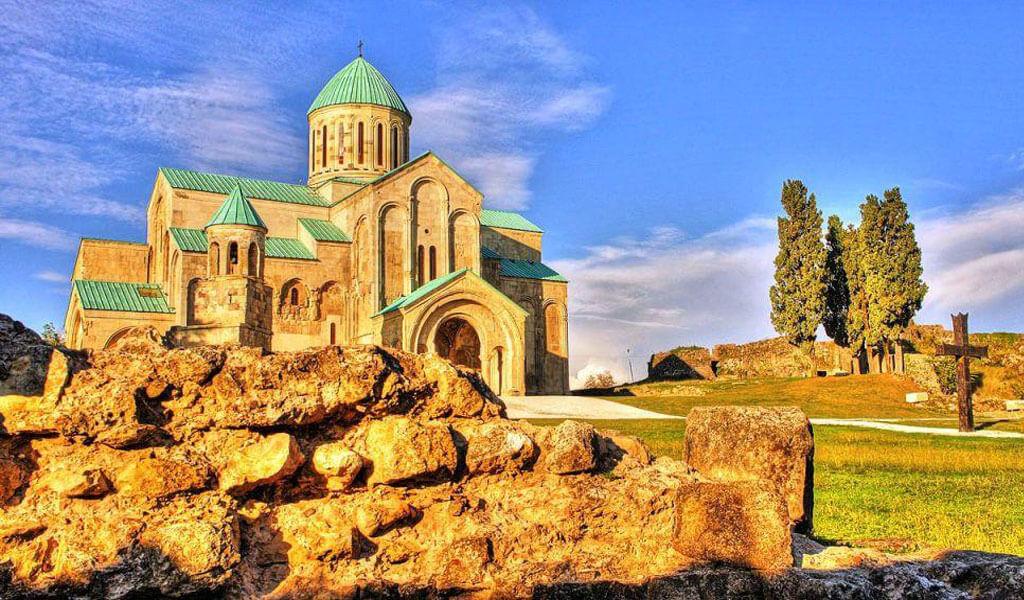 Величественный храм Баграти - визитная карточка Кутаиси