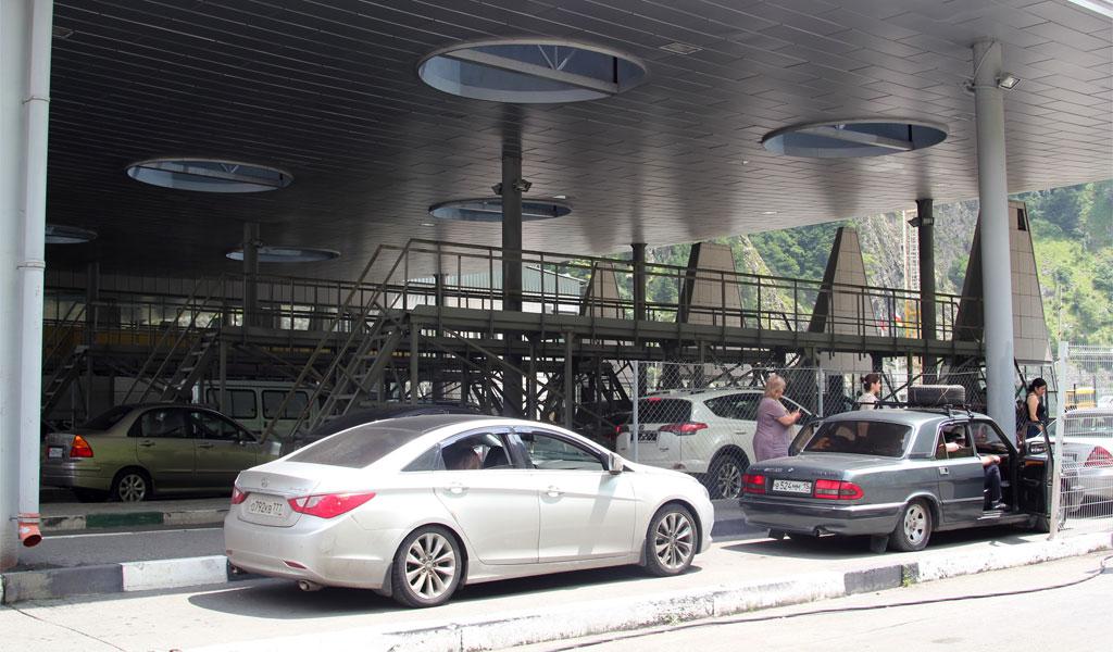 КПП Верхний Ларс: режим работы, погода, особенности пересечения границы