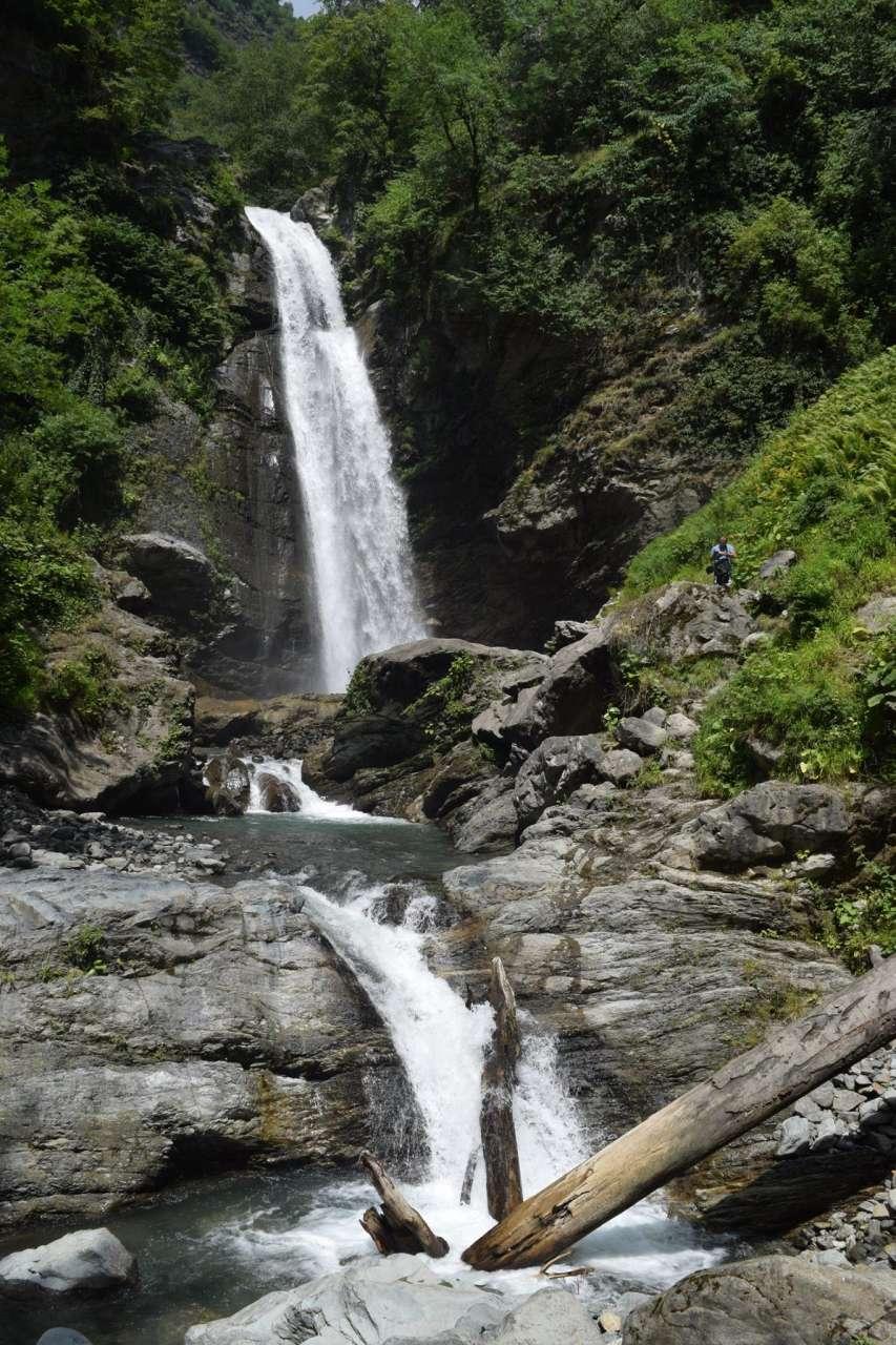 Топ 5 самых красивых водопадов Грузии