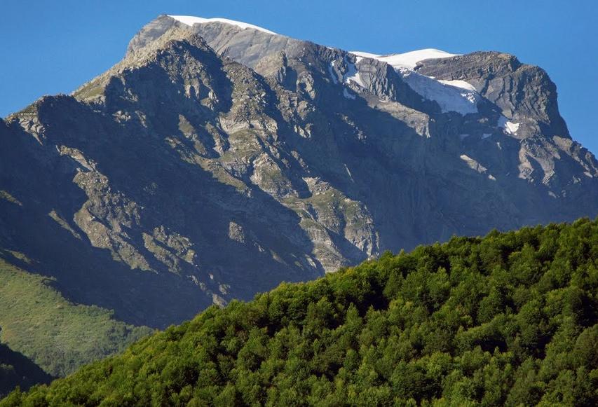 Топ 7 самых высоких и известных горных вершин Грузии