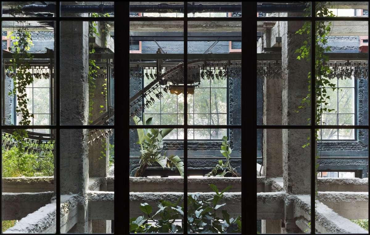 Отель Стамба, волшебный артефакт Тбилиси